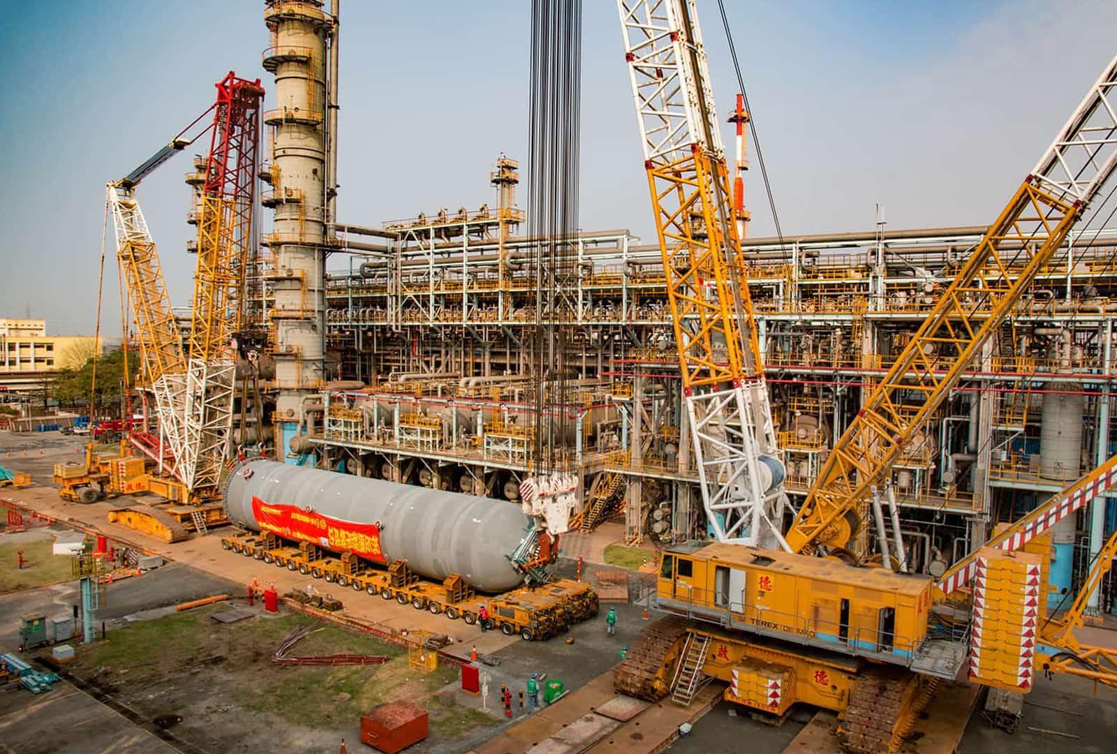 2016 Dalin Oil Refining Reactor lifting